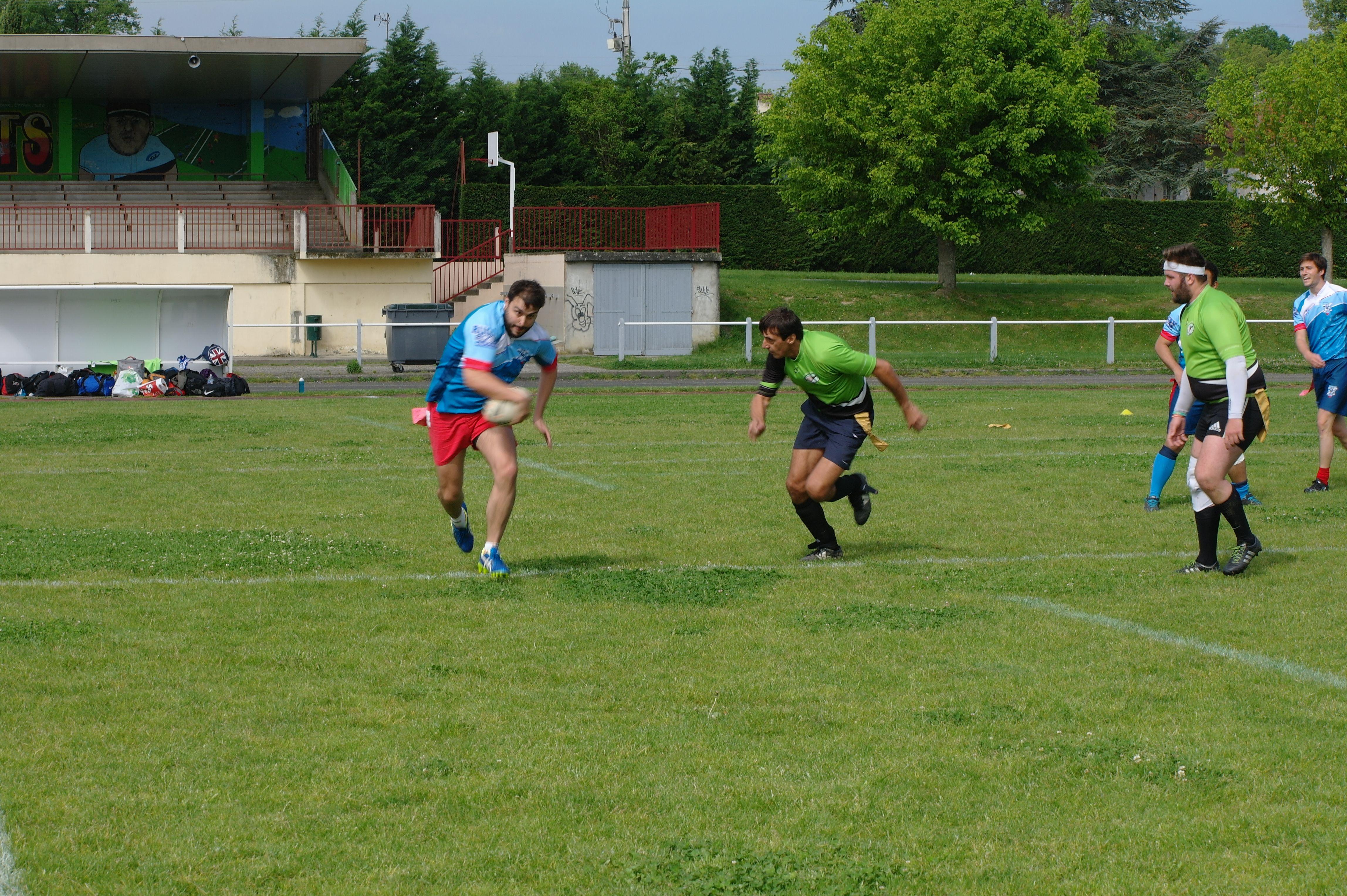 Dès le premier match, l'attaque de l'équipe Rive Gauche donne du fil à retordre à l'adversaire